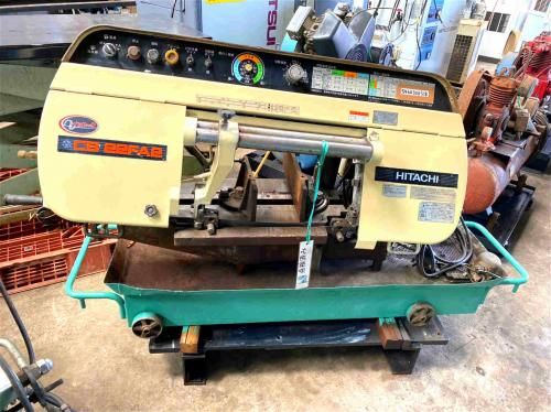 バンドソー Band Sawing Machine